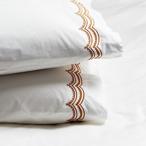 S/2 Evelyn Pillowcases, Caramel