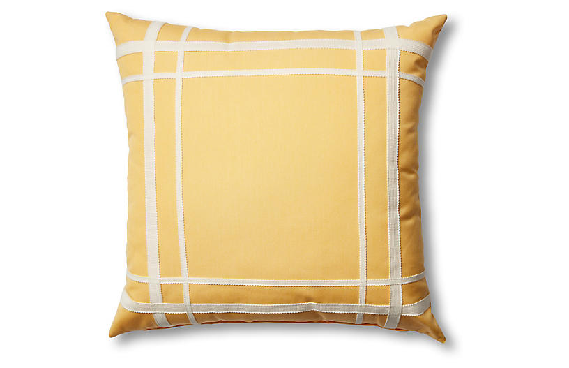 Kit Outdoor Pillow, Yellow/White