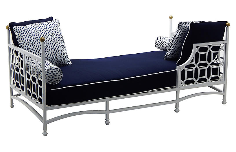 Barclay Outdoor Daybed, White/Navy
