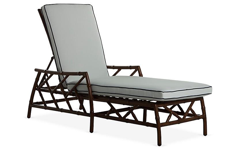 Kit Chaise, Sandalwood/White/Navy
