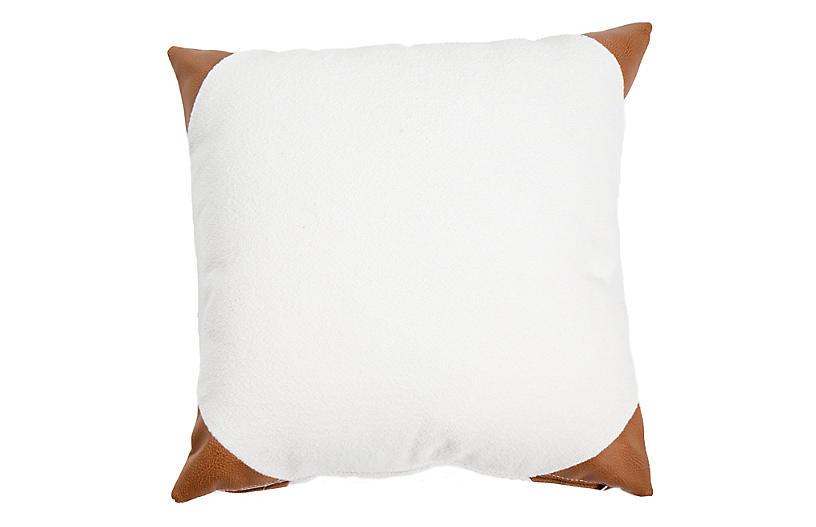 Kit Outdoor Pillow, Plush White/Tan