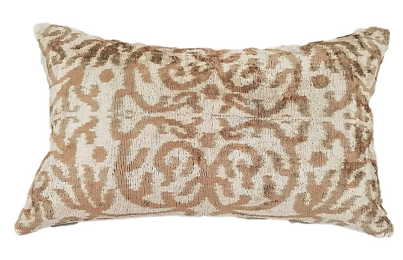 Aria 14x22 Lumbar Pillow Taupe Glamour Amp Glimmer
