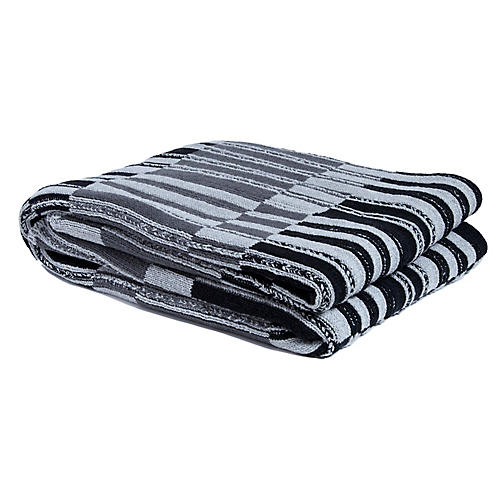 Floating Stripe Outdoor Throw, Gray/Black