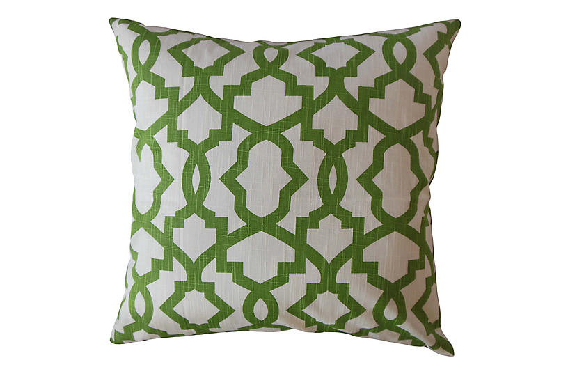 Casey Pillow, Green/White