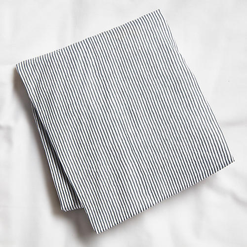 Capellini Fitted Crib Sheet, Gray