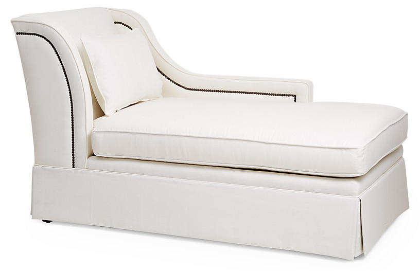 Roslin Right-Facing Skirted Chaise, White Linen