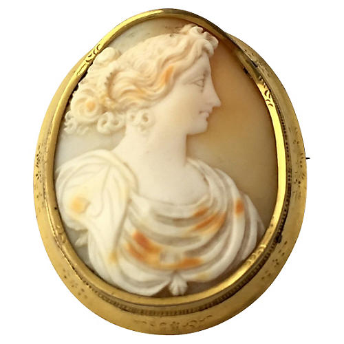 Large Victorian Lady Cameo Brooch