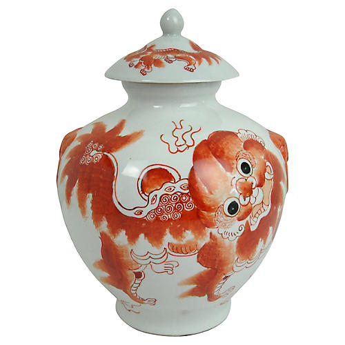 Porcelain Foo Dog Lidded Jar