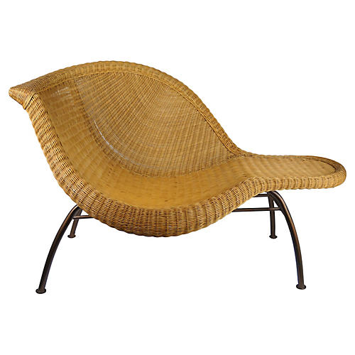Sculptural Wicker Chaise Lounge