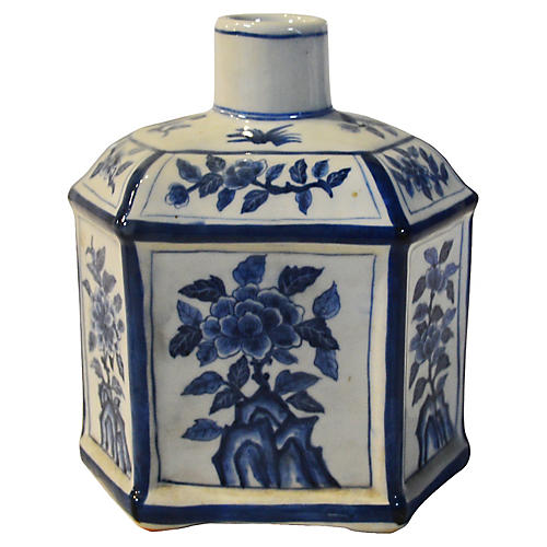 Chinese Blue & White Taisho Bottle