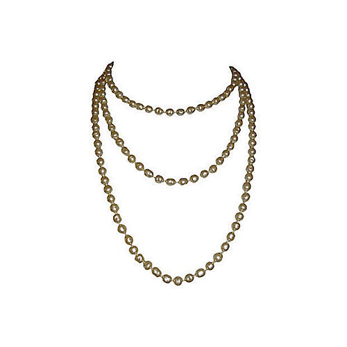 Chanel Baroque Pearl Flapper Necklace