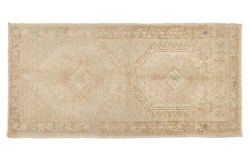 Turkish Beige Yastik Rug, 1'5 x 2'10