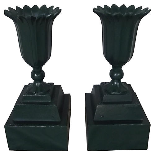 French Urns on Bases, S/2