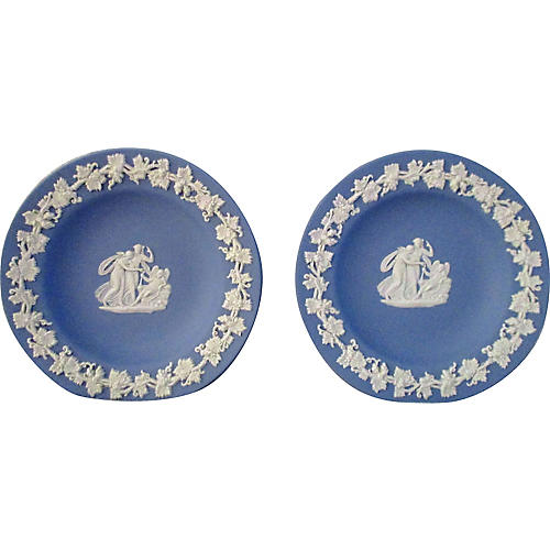 Midcentury English Wedgwood Plates, Pair